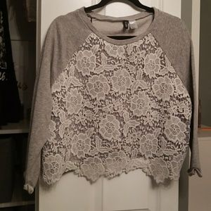 *BUNDLE ME*  LARGE GRAY LACE SWEATER